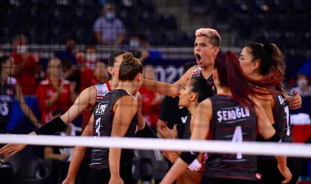 Türkiye, Avrupa Voleybol Şampiyonası'nda ilk 8'de